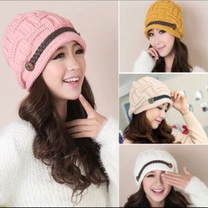 Accessories - Woman's Gangnam Style Knit Hat